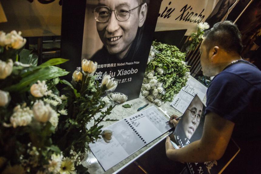 Muere disidente chino que ganó el Nobel de la Paz