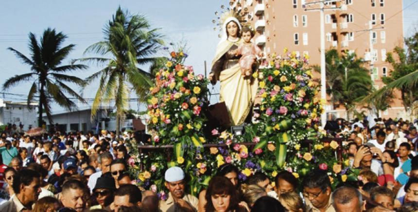 Miles de fieles matehualenses veneraron a la virgen del Carmen