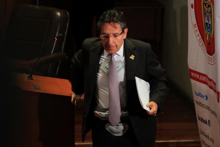 CNE abrió investigación formal contra Zuluaga por escándalo de Odebrecht