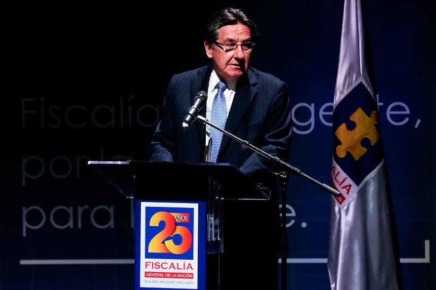 Gobernador de Córdoba niega soborno a fiscal — COLOMBIA
