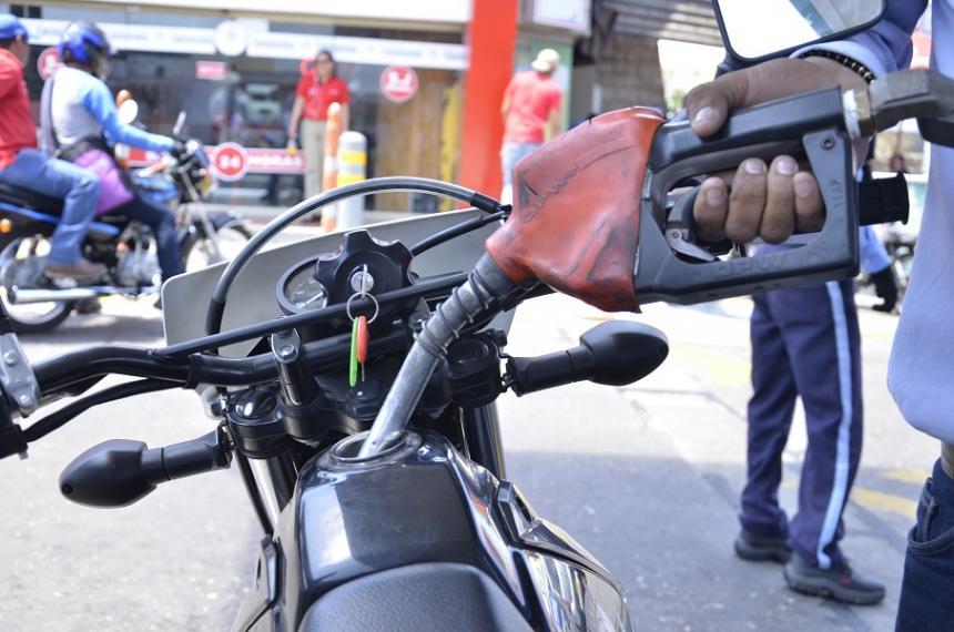 A partir de mañana aumenta el precio de la gasolina