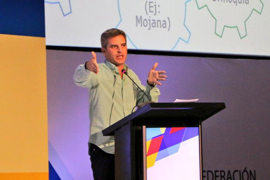 Aplazan la posesión de Carlos Eduardo Correa en Findeter