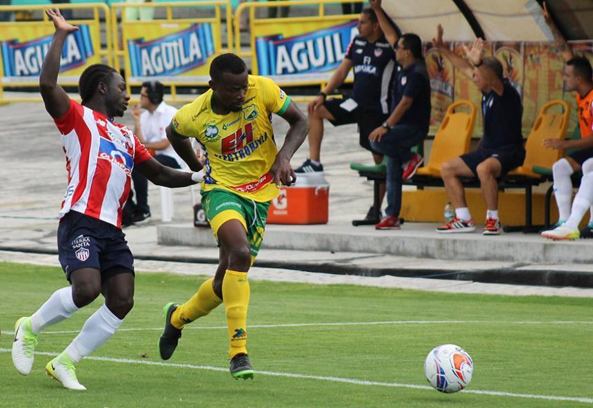 Yimmi Chará, en el último minuto, le salva un punto a Junior en su visita al Atlético Huila