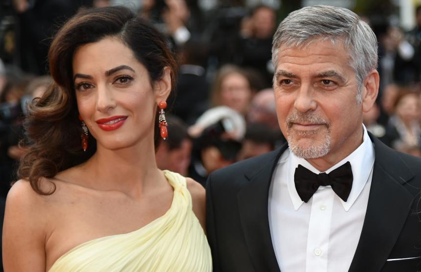 Clooney dona un millón para la lucha contra grupos de odio