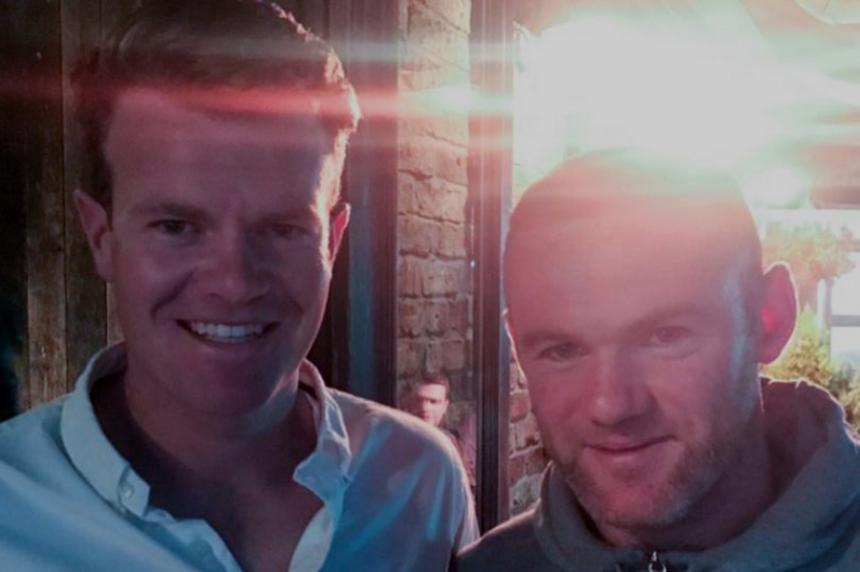Por ebrio, detienen a Wayne Rooney en Inglaterra
