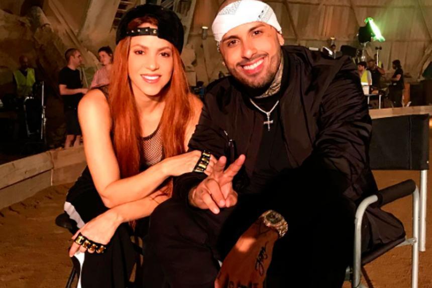 Shakira y Nicky Jam bailan sensualmente para celebrar su colaboración musical