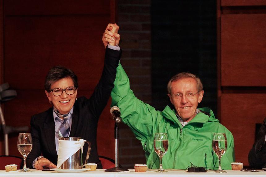 Claudia López y Navarro encabezan la intención de voto para la alcaldía de Bogotá