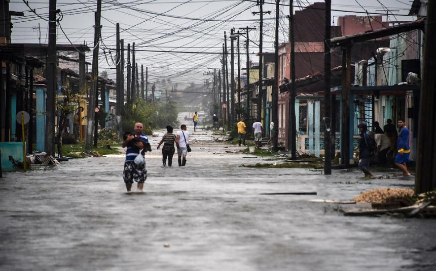 El devastador paso del huracán Irma por Florida, en imágenes