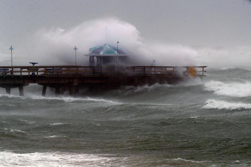 Huracán Irma regresa a categoría 4 y azota Cayos de Florida