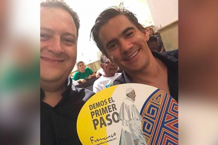 La foto del hijo de Pablo Escobar con el hijo de Rodrigo Lara Bonilla