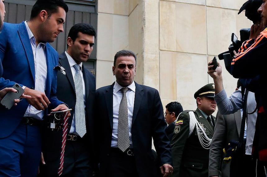 Alejandro Lyons prende el ventilador en contra del exmagistrado Camilo Tarquino