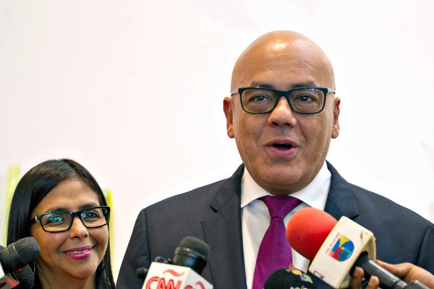 Reanudan diálogo pacífico gobierno y oposición de Venezuela