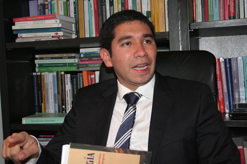 Ex Fiscal Gustavo Moreno prendería el ventilador contra magistrados de la Corte