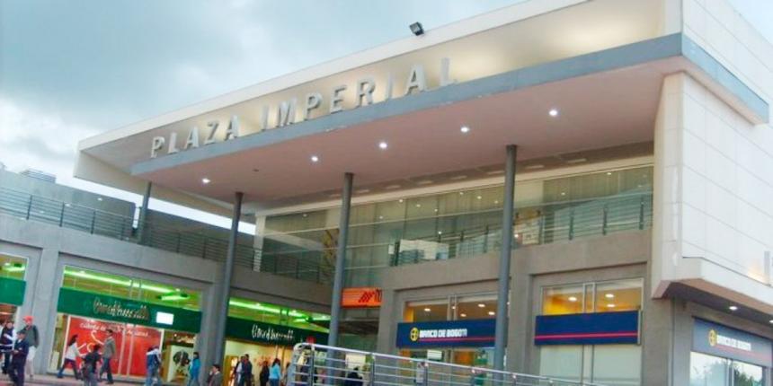 Descartan artefacto explosivo en centro comercial Plaza Imperial