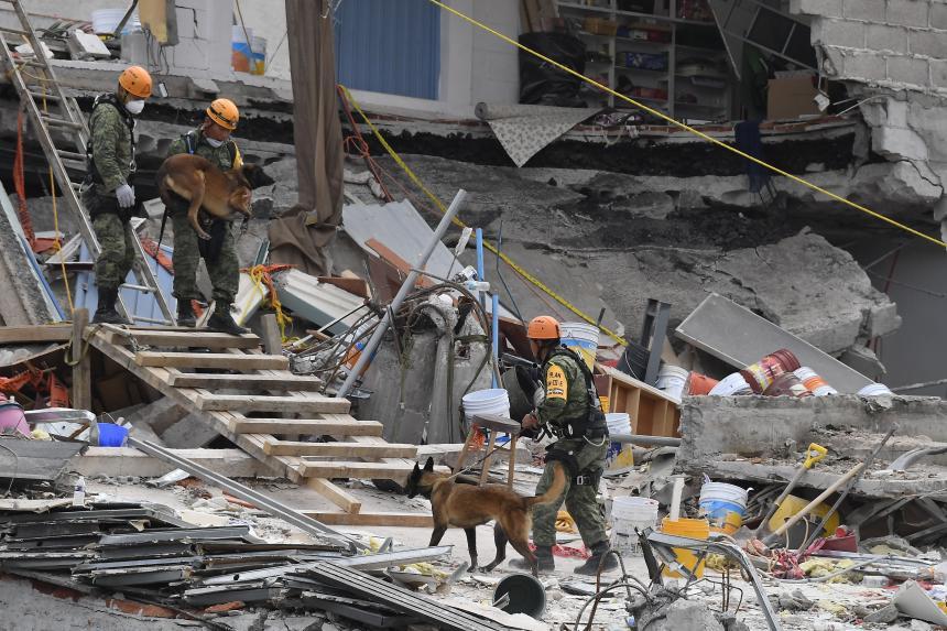 Sube a 180 número de muertos en Ciudad de México por sismo