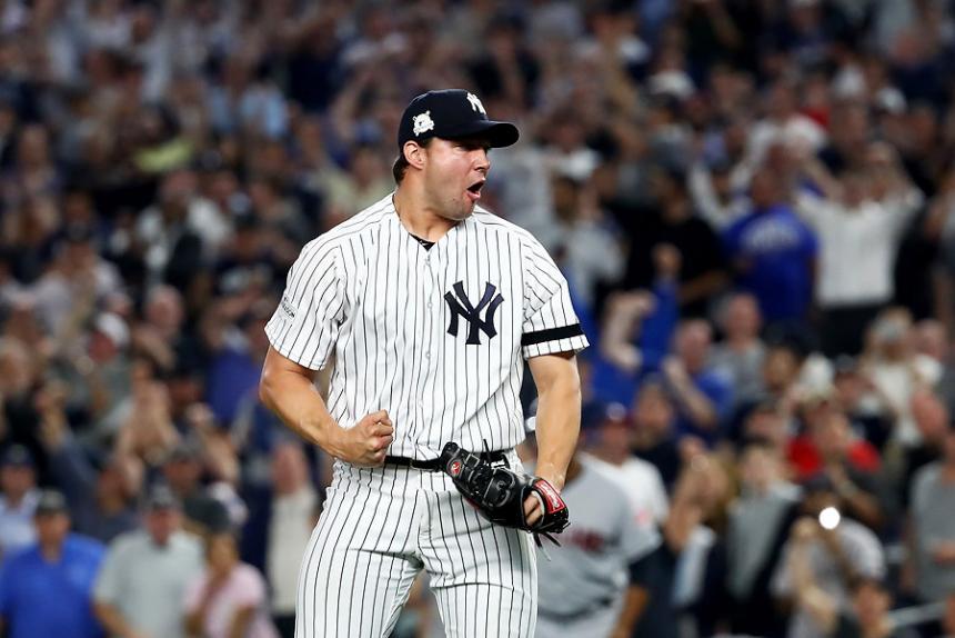 Yankees vence a Indians y se mantiene vivo en la serie divisional