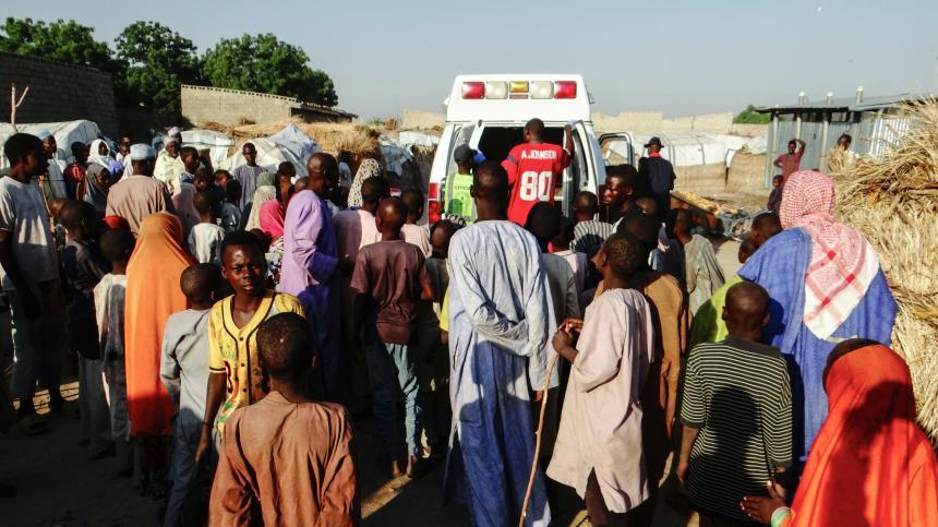 Triple atentado de mujeres kamikazes en Nigeria mata a 13 personas