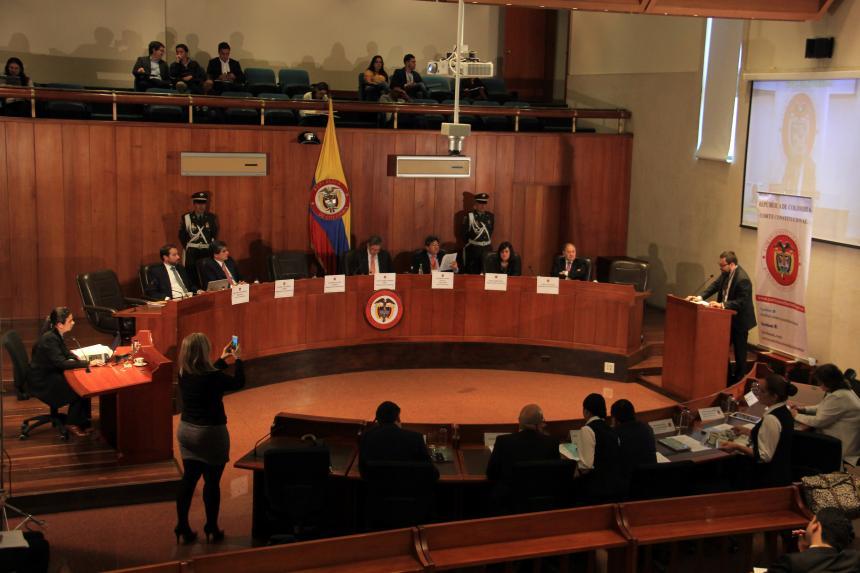 Corte Constitucional ordena regulación de eutanasia para menores de edad