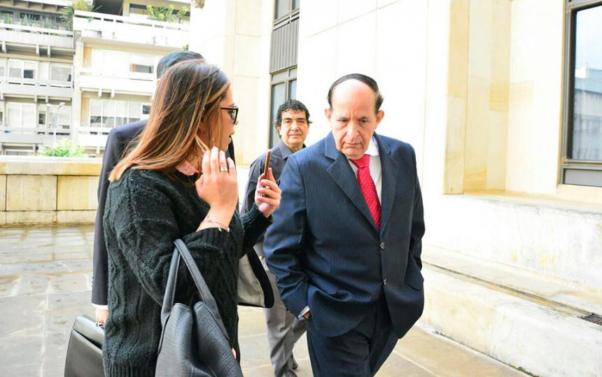 Yo no le torcí el cuello a la justicia — Álvaro Ashton