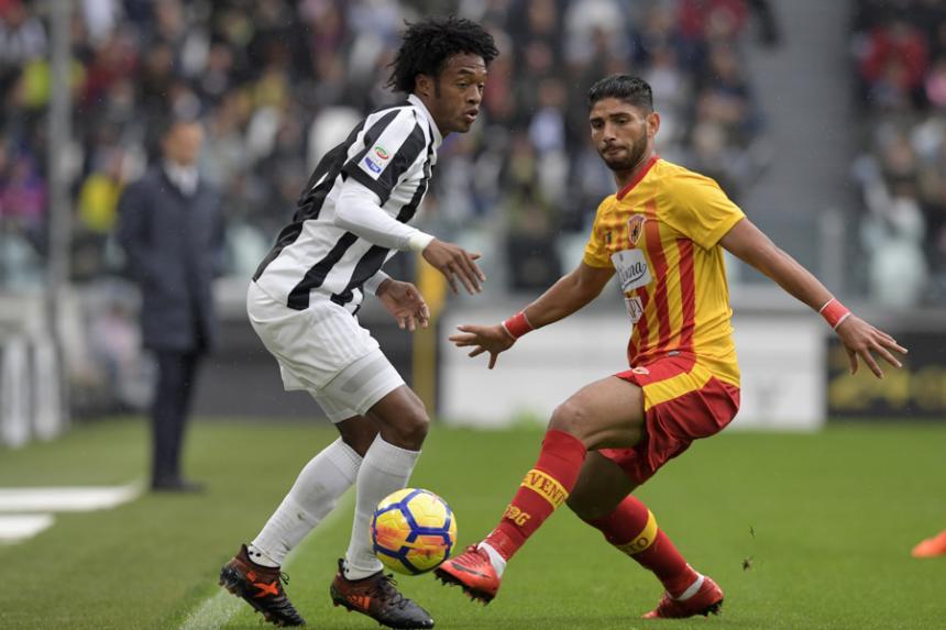 Higuaín marcó un golazo para la remontada de la Juventus