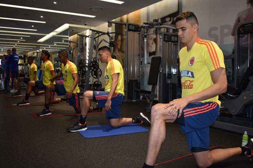 Selección Colombia entrena con cinco jugadores en Corea del Sur