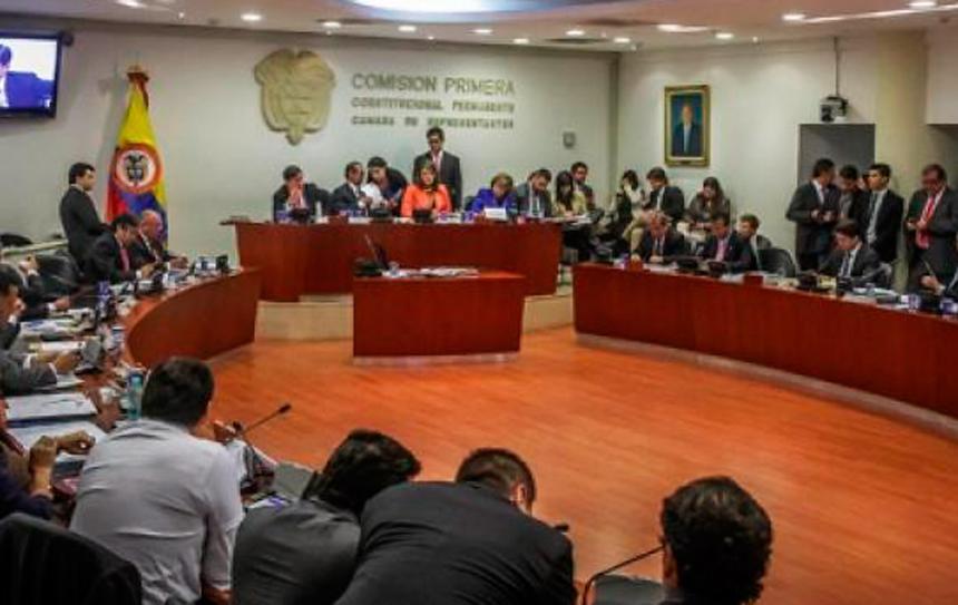 Congreso colombiano aprueba circunscripciones especiales de paz