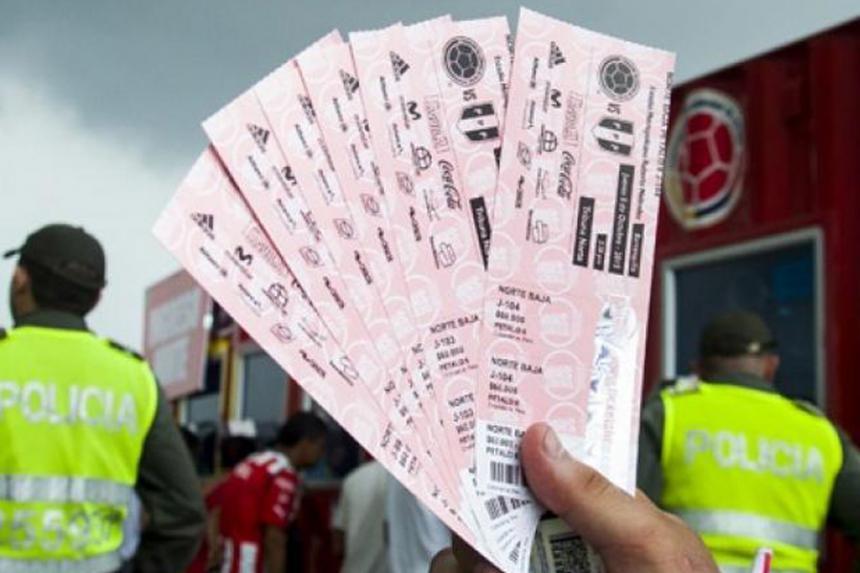 Directivos de clubes estarían involucrados en reventa de boletas de la Selección
