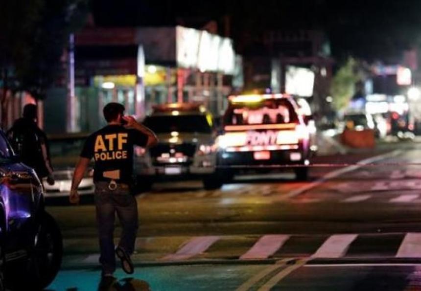 Un muerto y cinco heridos deja riña en Nueva York