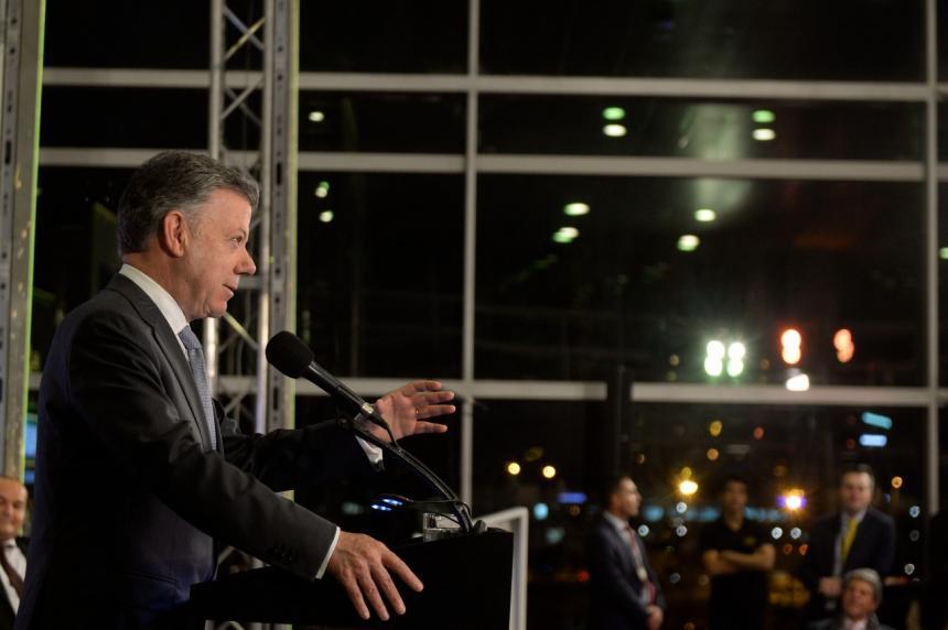 Santos pide que la Corte Constitucional revisar las circunscripciones de paz