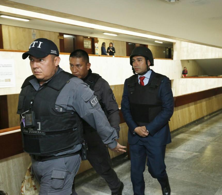 Santos firma extradición condicionada del exfiscal Moreno a Estados Unidos