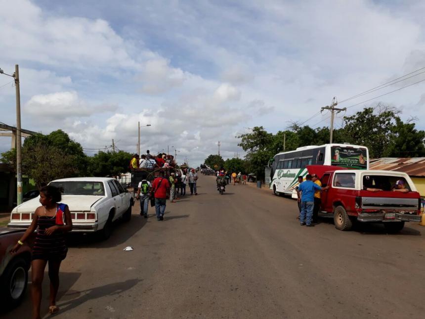 Bernal: 2.200 toneladas de pernil están retenidas en la frontera de Colombia