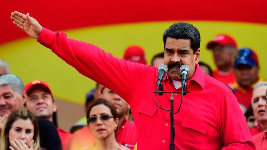 Sanciona a otros cuatro funcionarios venezolanos