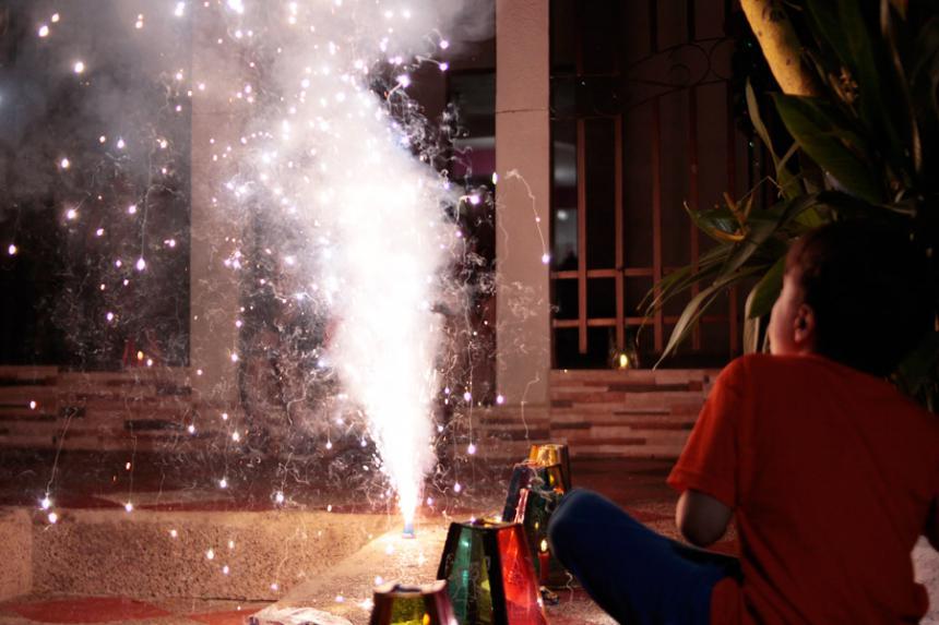 Durante fiestas de fin de año, 771 personas resultaron quemadas con pólvora