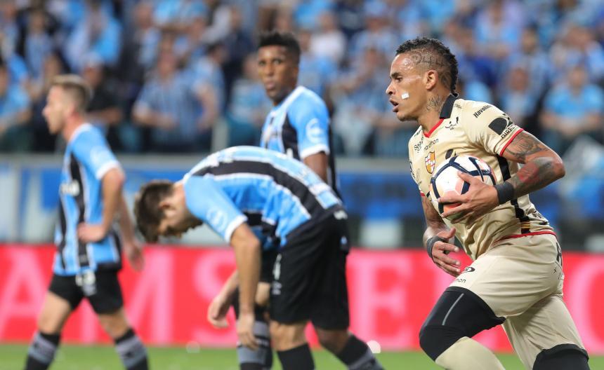 El uruguayo Alvez y el peruano Rodríguez, novedades en plantilla del Junior
