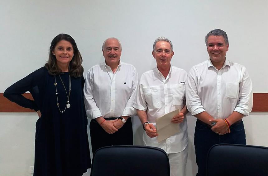 Sí habrá consulta interpartidista entre Marta Lucía, Duque y Ordóñez