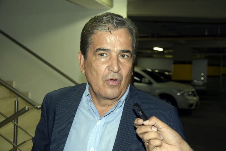 En negociaciones para dirigir a selección de Ecuador — Jorge Luis Pinto