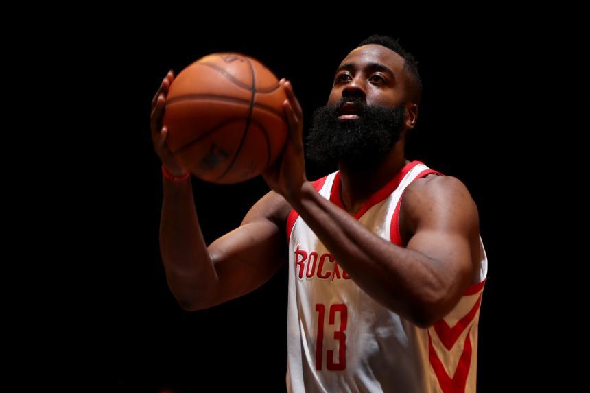 Harden lideró a los Rockets en su sexta victoria consecutiva