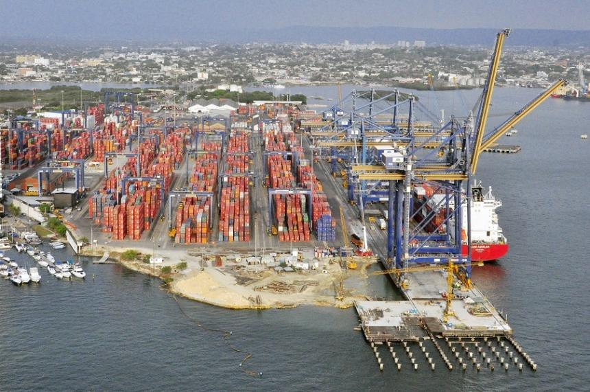 Colombia registra primer superávit comercial mensual en 40 meses