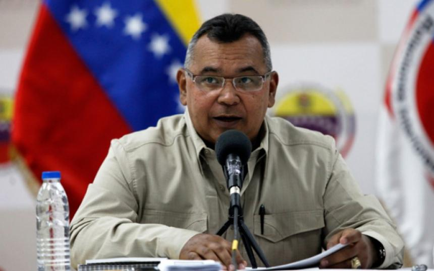 Están captando venezolanos para el ejército colombiano — Ministro Reverol