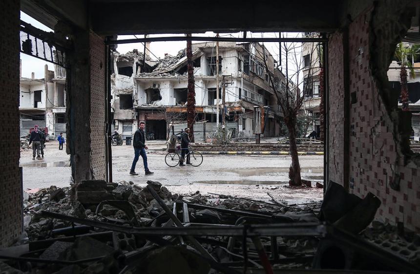 La ofensiva más letal de Fuerzas Sirias dejan 100 muertos en Damasco