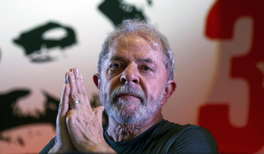 Ex presidente brasileño Lula da Silva afirma que luchará para ser candidato