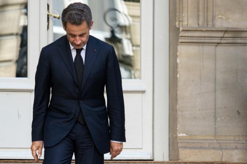 Sarkozy a juicio por tráfico de influencias y corrupción