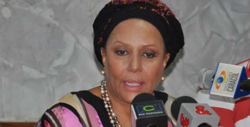 Piedad Córdoba renuncia a su candidatura presidencial — Colombia