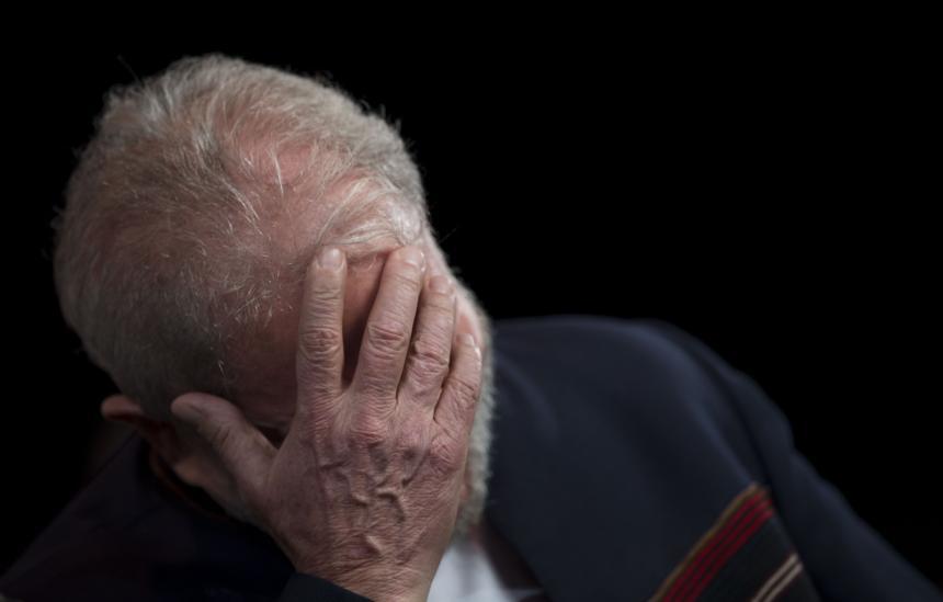 Por segundo día, no dejan que Pérez Esquivel vsite a Lula