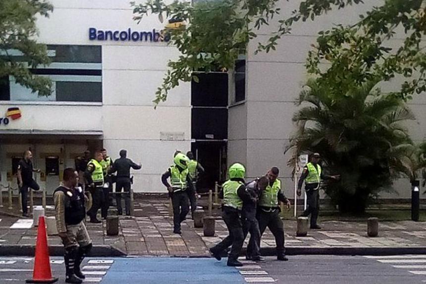 Frustran atraco en Bancolombia de Ciudad Jardín, presunto ladrón fue herido