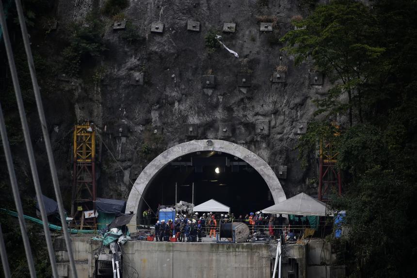 Demolerán parte del puente Chirajara por riesgo de colaspo