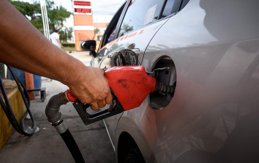 Precio del galón de gasolina subió $99 en promedio para mayo