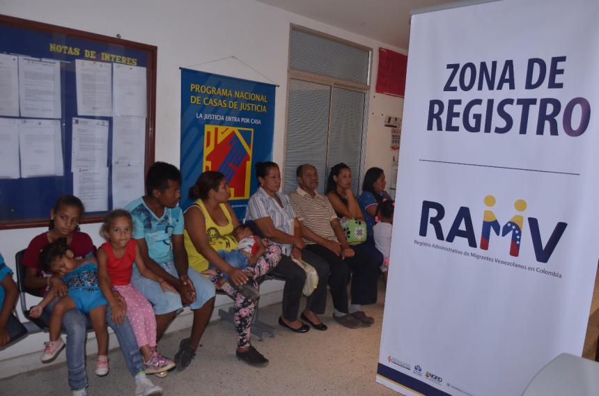 Van 203.000 venezolanos registrados en Colombia