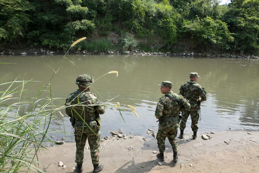8 disidentes de las FARC mueren en operación militar en Colombia