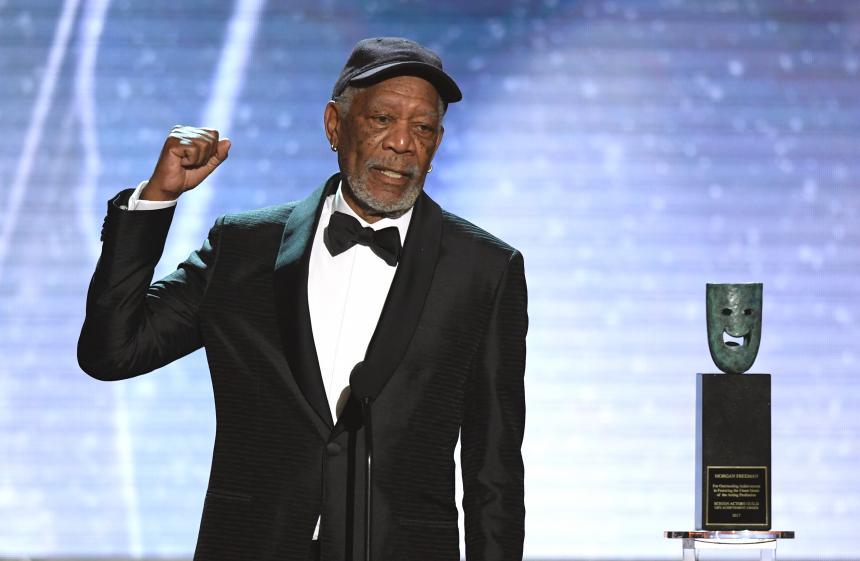 Morgan Freeman exige a CNN rectificación y disculpa